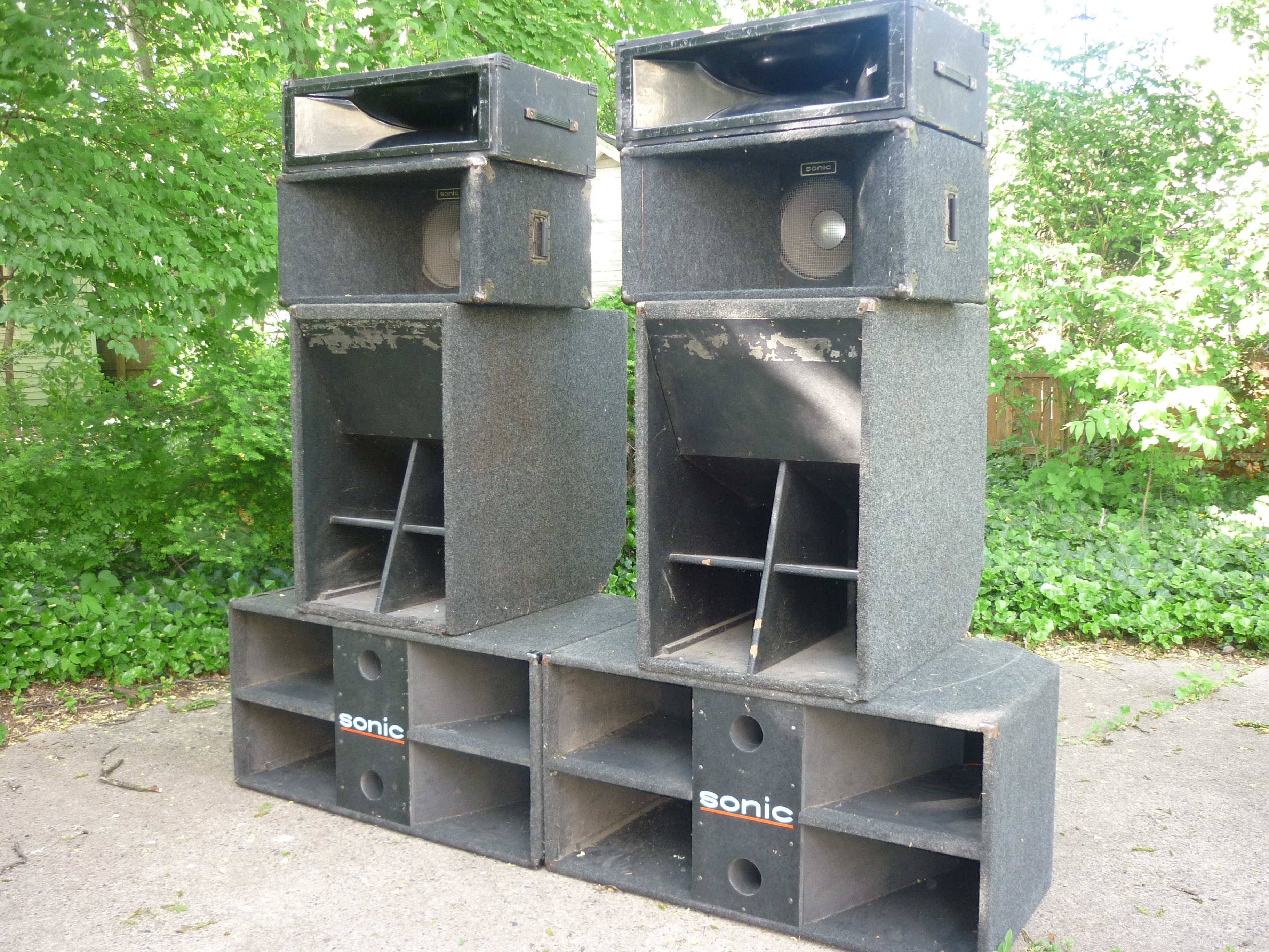 Dj Equipment In The Basment Or The Livingroom Me Vs The